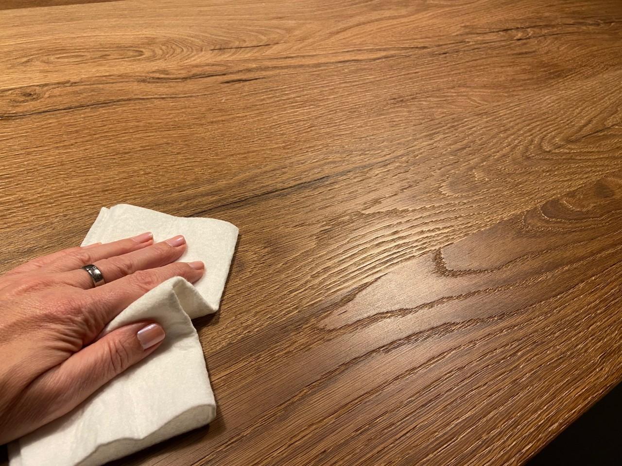 SILVAPUR® Reiniger für geölte, gewachste Holzoberflächen 2